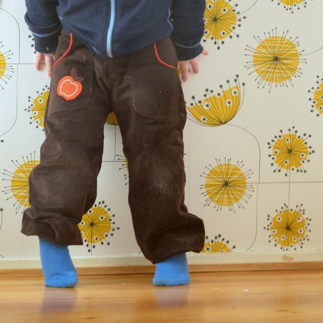 Handmade Vibeke    Bukse i babykord