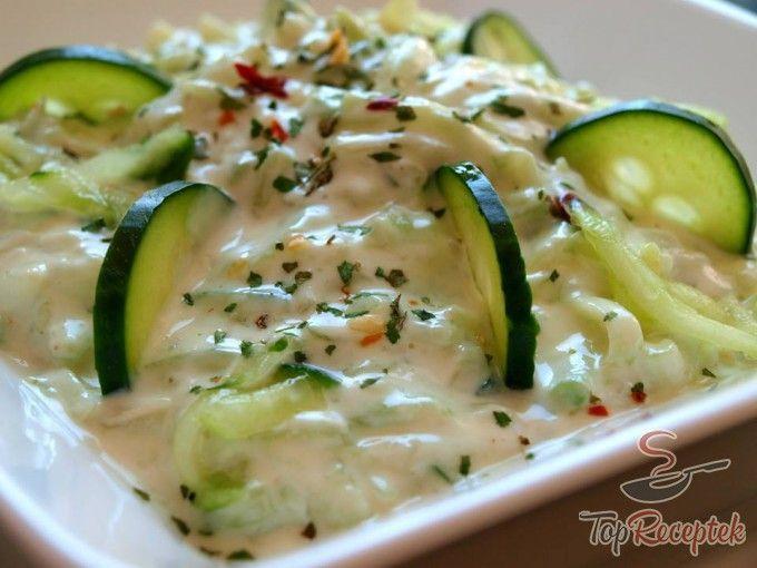 Tzatziki saláta mártogatósnak, köretnek