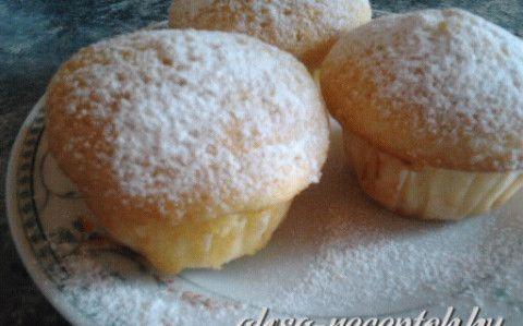 Pudingos muffin recept fotóval