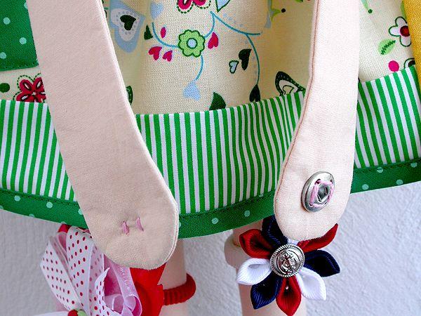 Кошечка – органайзер  по подсказке заказчицы превратилась в Принцессу :)        Заколочки можно крепить на волосы Принцессы       на ножки ...