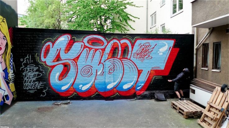 uNO / Cologne / Walls Graffiti. Bombing Science is the most complete online graffiti supplies store. Check our products for your next graffiti.