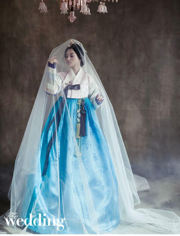 더 웨딩 드레스&한복 입니다.