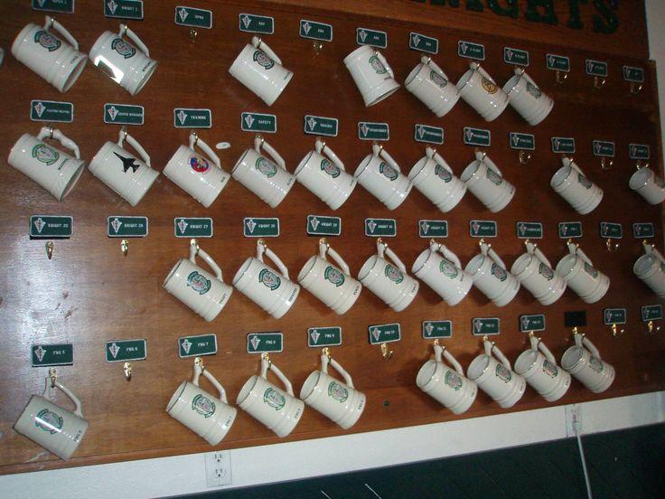 beer mug storage rack