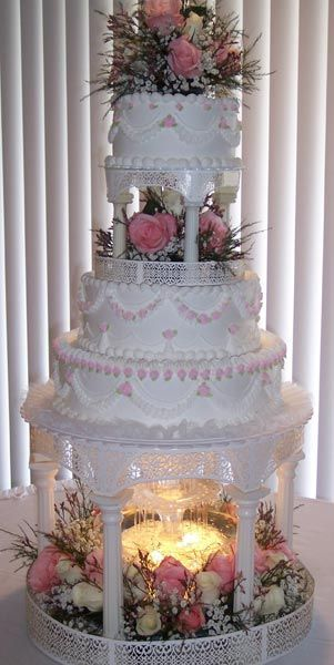 pictures of wedding cakes with fountains and stairs best 25 wedding cakes ideas on 18474