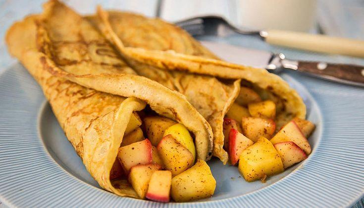Å lage litt sunnere pannekaker til middag eller bare til kos, er ikke veldig vanskelig. Her er en oppskrift på litt grovere pannekaker med kjempedeilig eple- og kanelfyll.    Røren gir 8-10 pannekaker.