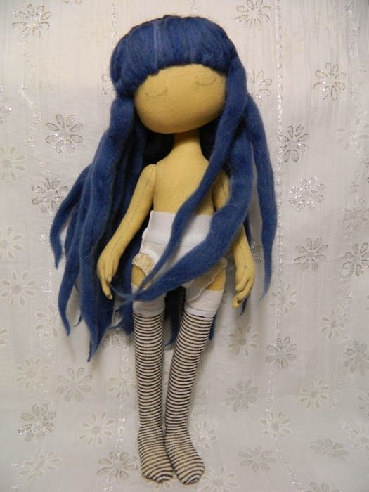 patterns and tutorials here for lots of lovely dolls. FREE button joints