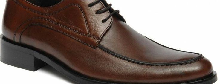 Ayakkabının bir ürün olarak, bir çözüm olarak ne kadar önemli olduğu bilinen bir gerçek. Ancak sadece kullanımı açısından değil görünümü açısından bir aksesuar olma özelliğinden dolayı da ayakkabıların önemi çok büyük. Doğal olarak pek çok kişi bu tip ürünlerin satın alma işlemlerinde çok titiz davranıyor. Ürün alırken çok dikkatli olmak gerekir. Erkekler açısından bakıldığında doğru...