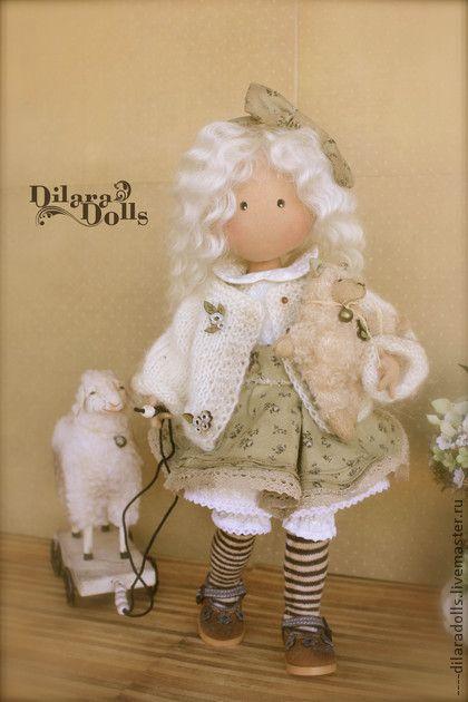 Коллекционные куклы ручной работы. Ярмарка Мастеров - ручная работа текстильная кукла Little Lamb. Handmade.