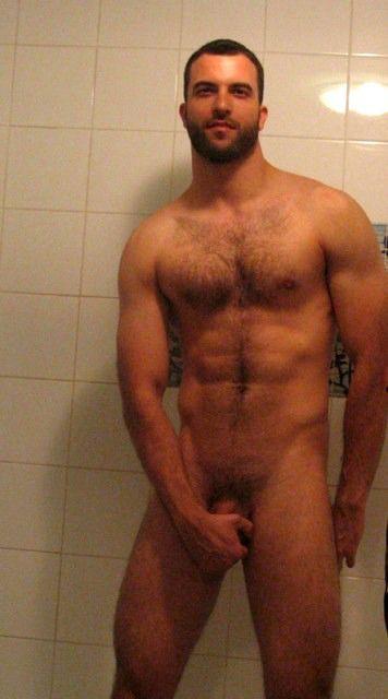 selfie nude legs open