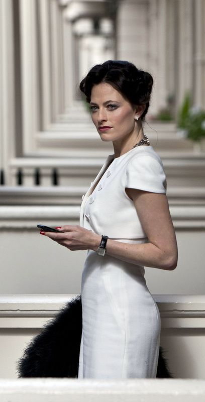Tatiana's Delights: House of Claire - How to replicate House of Cards Claire Underwood simple elegant fashion. Where to buy her stylish minimalist sheath dress and oxford shirt? Robin Wright is a great style icon for professional women in need of inspiration for a fashionable office outfit! - Sherlock, The Woman, Irene Adler