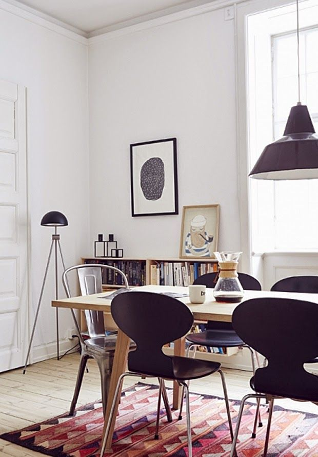 Dining Room ǁ Fritz Hansen products: Ant™ chair by Arne Jacobsen