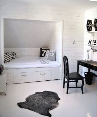 Platsbyggda sängar i New England-stil | MissFixtrix.com