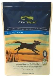 ZiwiPeak Cusine Dog Cordero pienso para perro. Pienso para perros ZIWIPEAK CUSINE DOG CORDERO 1 KG. Alimento / Comida para perros indicada para adultos menores de 7 años de todas las razas. - Ziwipeak es una marca de nutrición muy avanzada pensada y elaborada con productos de Nueva Zelanda. Ingrediente principal: Carne. En Petclic ahorras mas de un 35% en todas tus compras de piensos y alimentación para perros. Mas de 5.000 productos de alimentación rebajados. www.petclic.es