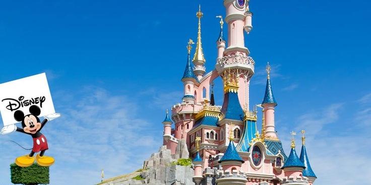 Anche l'americana Disney da quel momento parla francese  1992  Apre i battenti EuroDiseny a pochi chilometri da Parigi  #disneyland #parigi #storytelling #directo