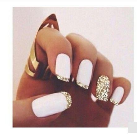 Witte nagellak met Glitter