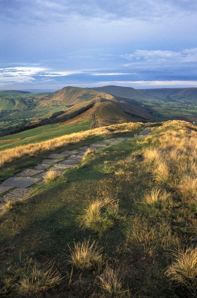 The Great Ridge - Derbyshire, England