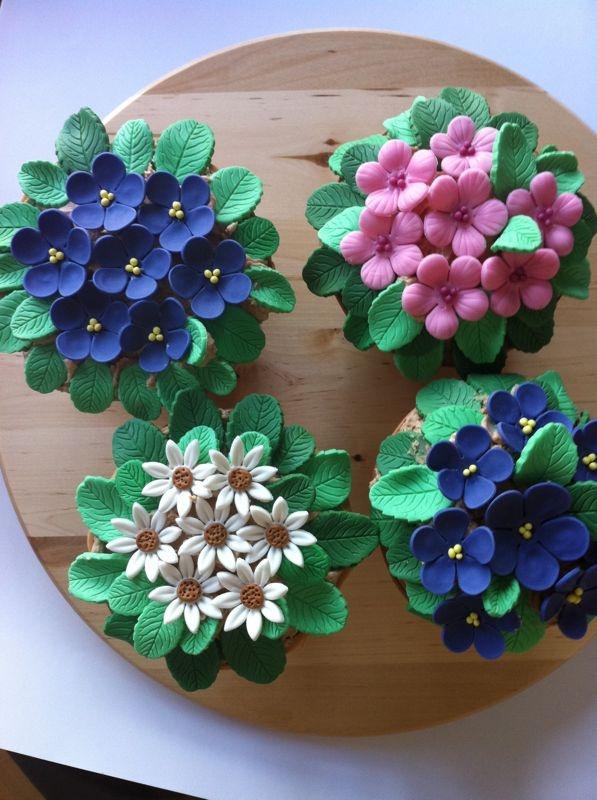 mis flores de fondant!!