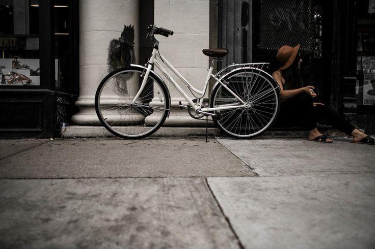 Bedroom Design | New Blog Post! Home Interior | Schwinn Bike | Bicycle | Chicago Apartment Decor  www.melodyjoy.co/blog #melodyjoyco #lifestylephotographer #blogger