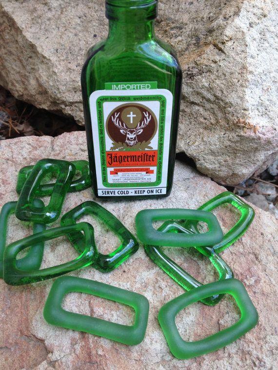 Recycelte Jaegermeister Mini Flasche Anhänger von Flower7 auf Etsy