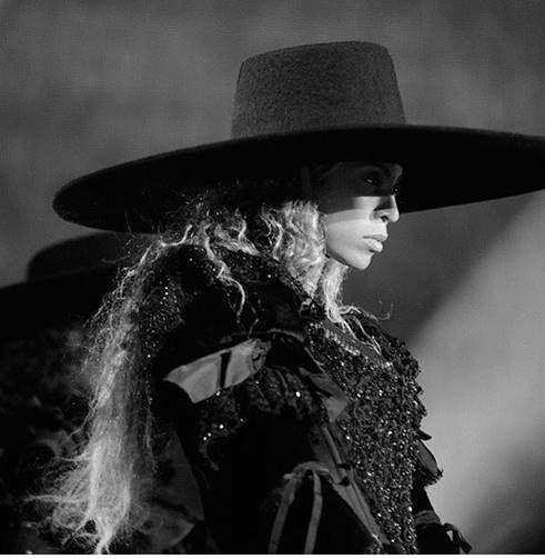 opening look | Formation Tour | Beyoncé