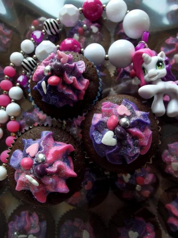 My Little Pony Friendship is Magic cupcakes and necklace