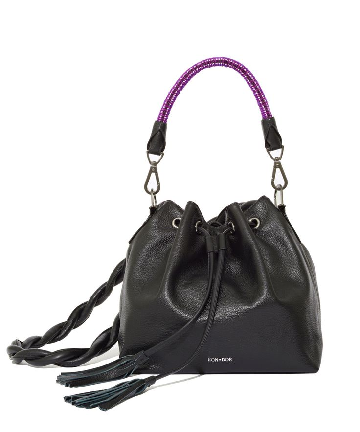 The most perfect bucket bag is here be in style and give back! one of a kind leather bucket from KONDOR, #style#blogger#perfect#bucketbag#koribucket