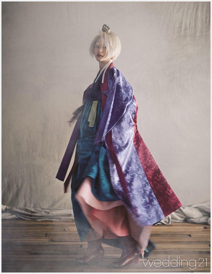 다양한 기법과 색의 조합으로 강렬하고 새로운 한복,한국의상 무낙 1