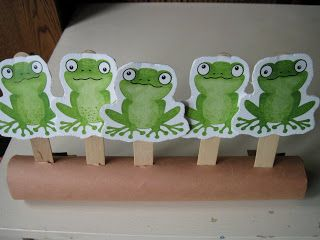 5 Green & Speckled Frogs printable