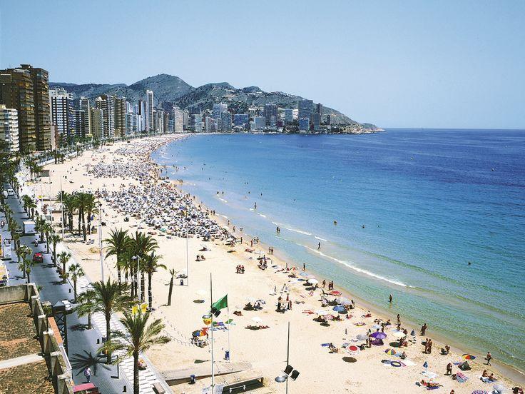 cbl_ben_f0821-levante-beach