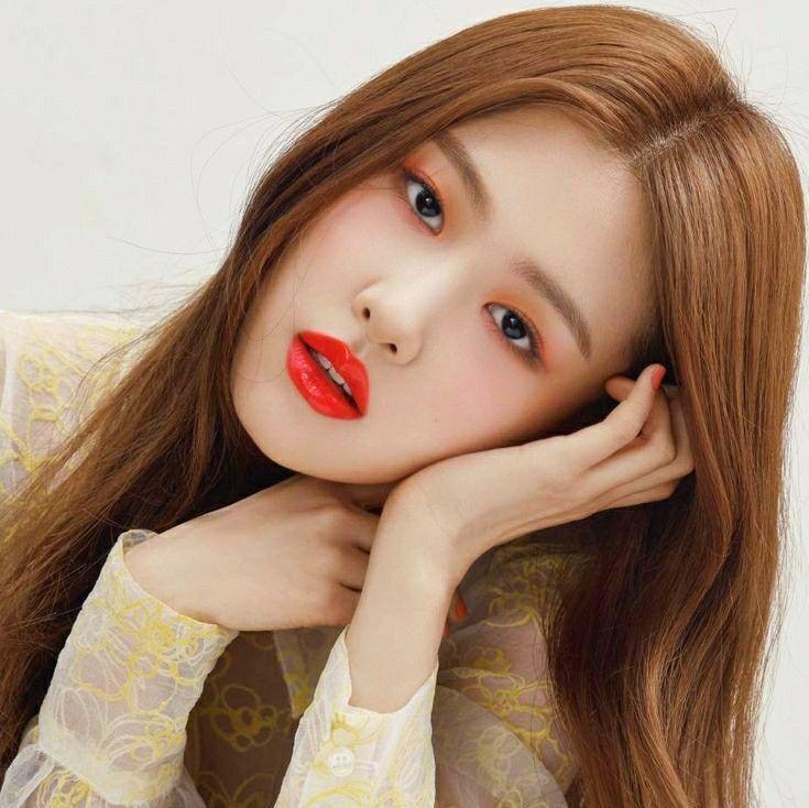 Pin by K-Pop Idols on Blackpink_Rosé (로제) in 2020 | Blackpink rose, Blackpink, Hair styles