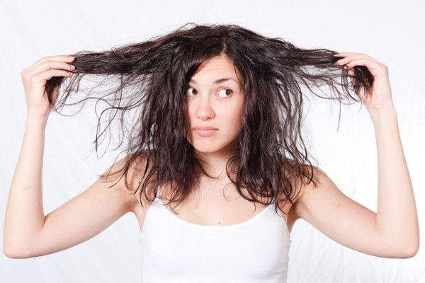 Obat Alami Mengatasi Rambut Kering agar rambut sehat berikut ramuan obat alami mengatasi rambut kering dan mencegah kerusakan akibat rambut kering dan pecah