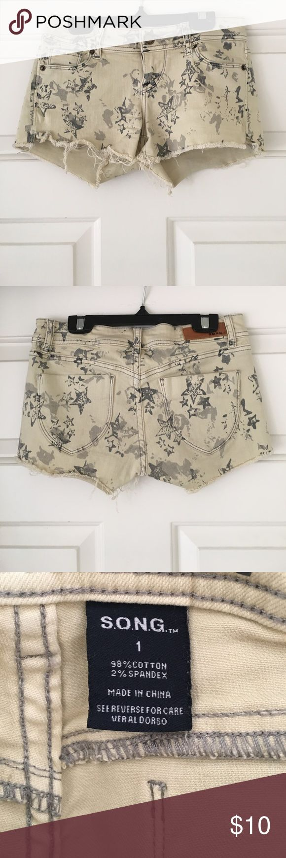Star Printed Beige Shorts Beige jean shorts with fun star print on them. The perfect Fourth of July shorts! Two real pockets on the back and two semi-real pockets on the front, they're kinda like mini-pockets. Junior size 1 fits like a women's 0.                                                                                     •open to offers• S.O.N.G. Shorts Jean Shorts