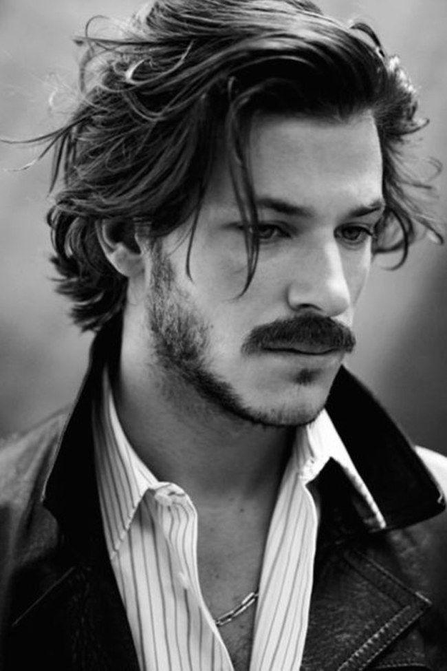 Los 50 peinados masculinos más sexys                                                                                                                                                                                 Más