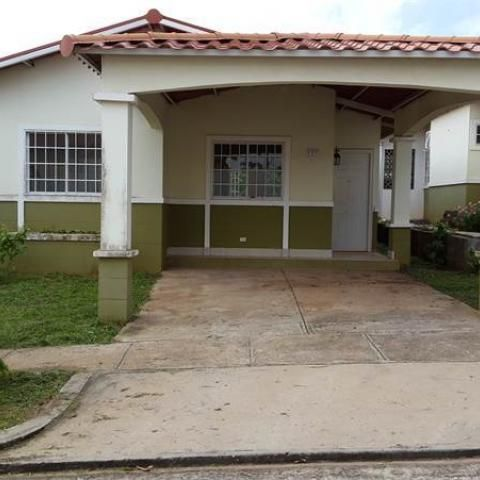 SE VENDE CASA EN RESIDENCIAL ALTOS DEL CAMPO LA CHORRERA   EncuentroFacil.com Panamá