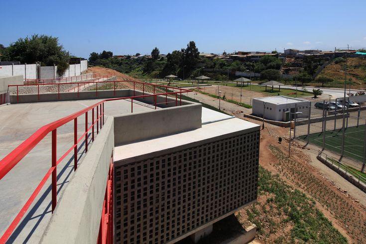 Galería de Sede Social Comunitaria / 3 Arquitectos - 3