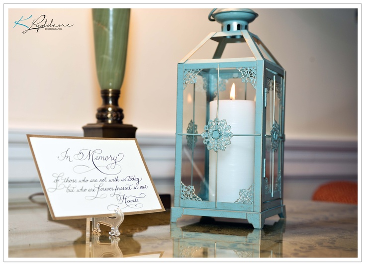 Memory candle in honor for the loved ones that have passed.  Kimberly Lyddane Photography, LLC #wedding