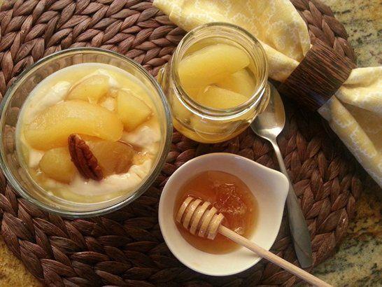 Parfait de Yogur Griego con Manzana Fuji para el desayuno #receta #QueRicaVida #ABRecipes #nomnom #breakfast