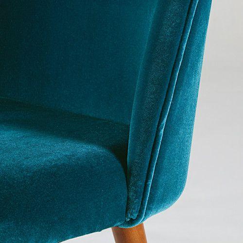 Sedia in velluto blu pavone e legno massello di betulla
