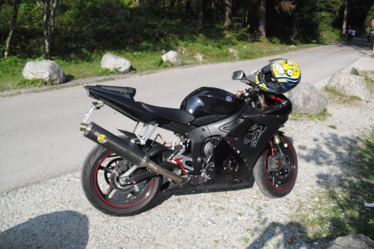 Yamaha R6 '05 in Val di Genova