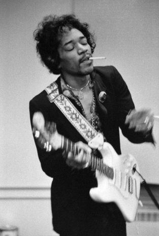 1967, During a 15 date UK tour Jimi Hendrix Pink Floyd, The Move, Nice and Amen Corner all played two shows at Chatham Town Hall.