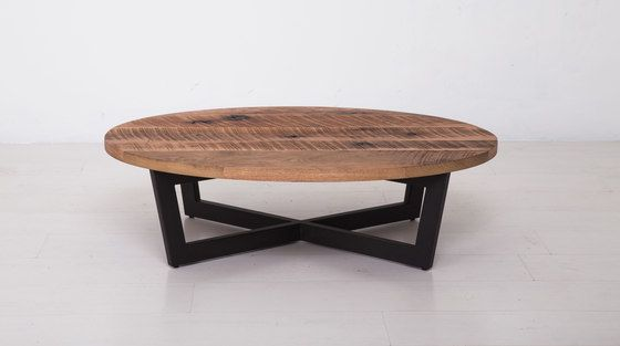 Essentials Oval Coffee Table Small by Uhuru Design | Lounge tables