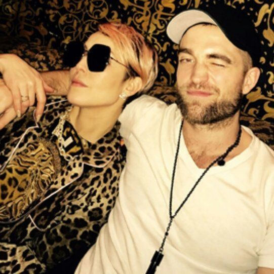 New/old photo of Robert Pattinson and old friend, Swedish actress Noomi Rapace. From Rob's hair and travel schedule, the photo was taken in New York about 3 weeks ago, on Nov. 30, the night after he went to the Knicks game with Josh Safdie.