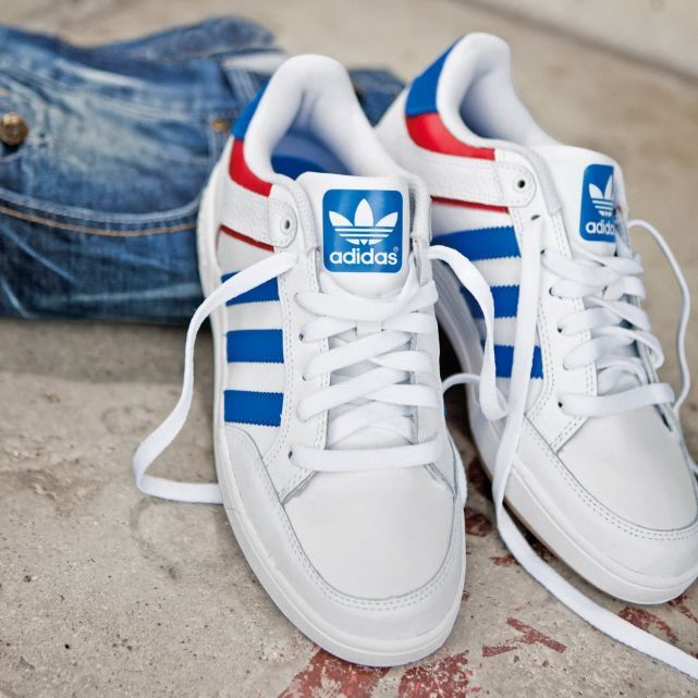 baskets Varial low, Adidas POUR THEO