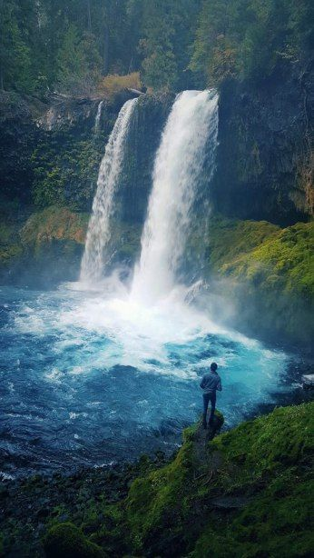 10 Things To Know Before Traveling To Oregon   Koosah Falls Oregon   Best Of Oregon   How To Travel To Oregon   Oregon Travel Tips   Best Hikes In Oregon   What To Do In Oregon   Follow Me Away Travel Blog