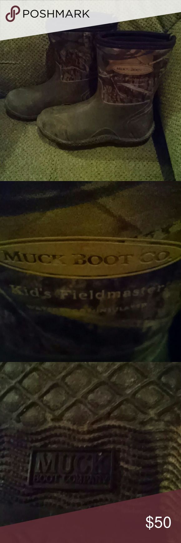 Kids Muck boots Kids size 5 camo Muck boots. Great condition! Muck Shoes Boots