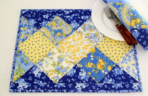 Quilted Placemats  Blue Placemats  Summer Table by #RedNeedleQuilts #placemats #tablemats #quilted #blue #yellow #handmade
