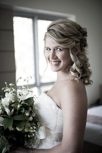 Beautiful bride... Stradbroke Island Photography - North Stradbroke Island - Wedding Gallery