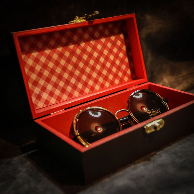Steampunk sunglasses and presentation box available at the following link http://www.lomahsee.com/product/steampunk-cyber-victoriana-gothic-or-vintage-copper-sunglasses-and-presentation-box/ #steampunk #cyberpunk #50's #thegent #sunglasses #spring #summer #fun #fashion #instagood #handmade #crsft #gifts #steampunkgifts #valentinesgift #valentinesday #easter #followme