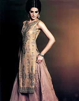 Dusty Gold Cres (Product Code: DR1390)  -----By http://www.dressrepublic.com/ England, Hand Crafted in Pakistan