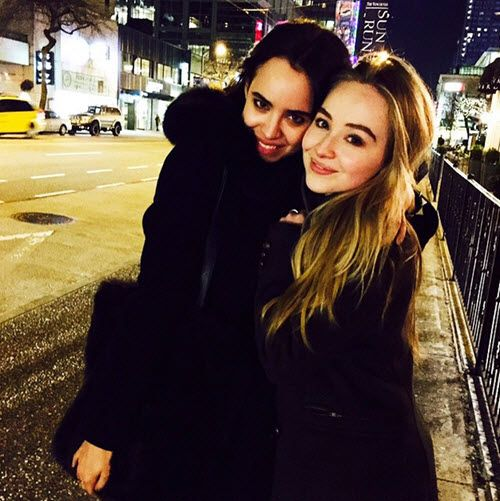 ET had news yesterday (Tuesday, April 5, 2016) that Adventures in Babysitting starlets Sofia Carson and Sabrina Carpenter will be guest starring on the new